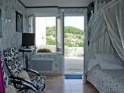 roumoules appartement  280€