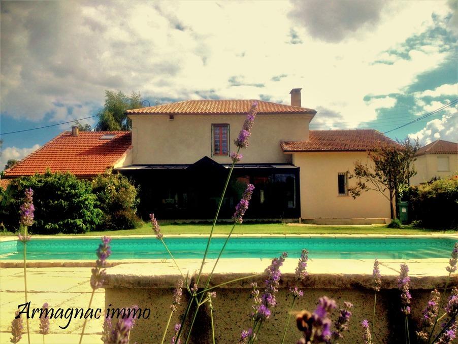 http://medias.aktifimmo.com/photos_immo_formats/902_678/10778/10778746_1.jpg?1597939777