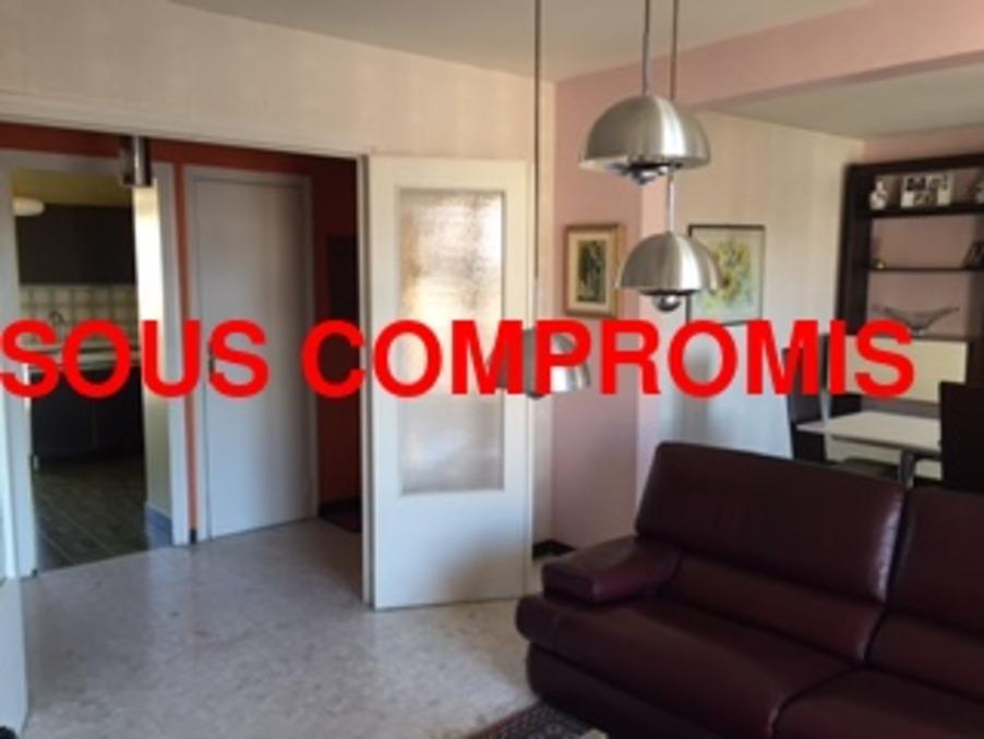 appartement t4 77 m2 4 me tage ascenseur 4 pi ces st etienne vendre 75000 77m 42000. Black Bedroom Furniture Sets. Home Design Ideas