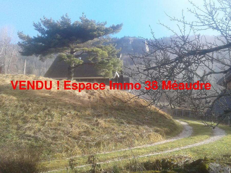 http://medias.aktifimmo.com/photos_immo_formats/902_678/9409/9409402_1.jpg?1549618686