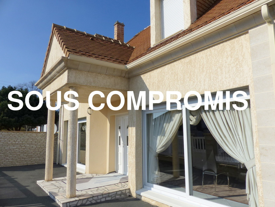 http://medias.aktifimmo.com/photos_immo_formats/902_678/9864/9864222_1.jpg?1598778468