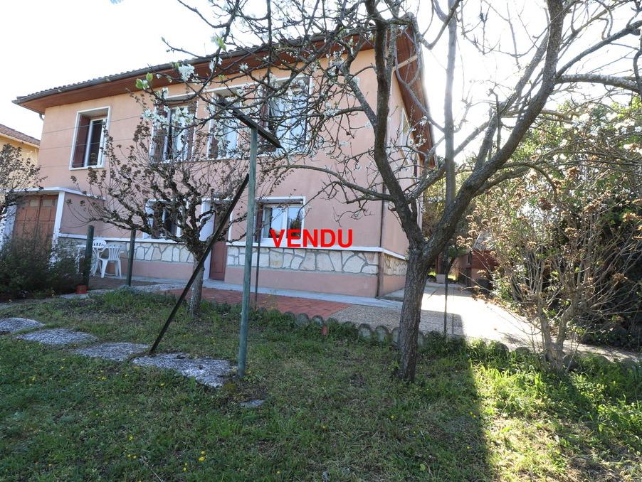 http://medias.aktifimmo.com/photos_immo_formats/902_678/9942/9942469_1.jpg?1559549971