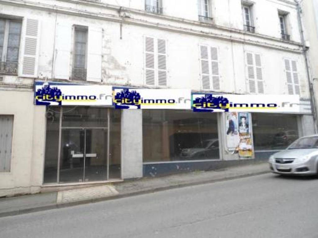 VenteBureau/LocalANGOULEME16000CharenteFRANCE