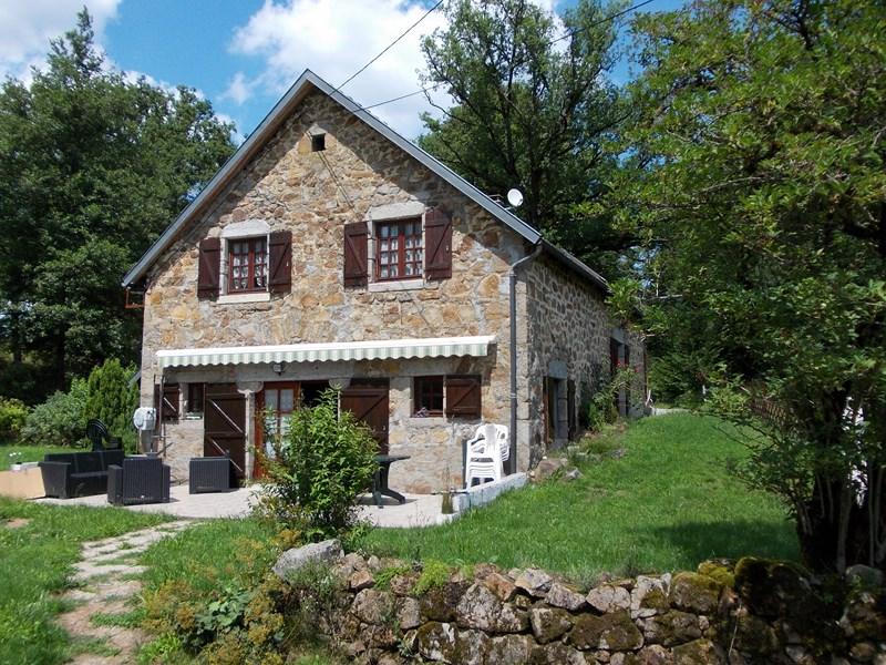 Vente maison correze bort les orgues bort les orgues 19110 for Vente maison a