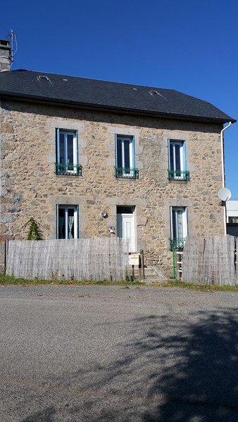 Vente maison correze ussel ussel 19200 for Code postal 19200