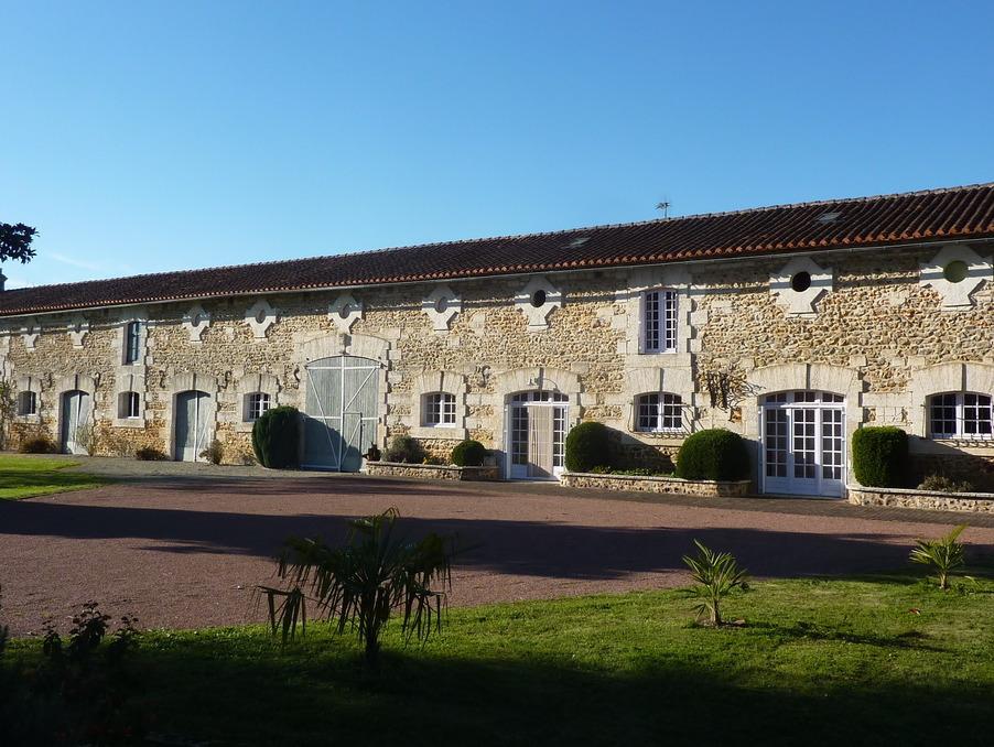 Immobilier chasseneuil sur bonnieure 16 annonces for Piscine chasseneuil sur bonnieure