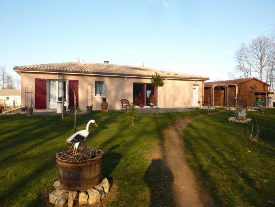Vente maison charente chasseneuil sur bonnieure for Piscine chasseneuil sur bonnieure